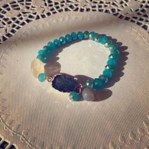 Druzy Aqua crystal and bead bracelet